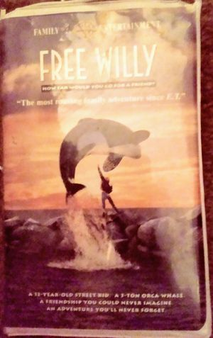 Free Willy VHS for Sale in Tampa, FL
