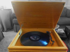 2002 Crosley Record Player (scratchy sound only when adjusting volume knob) for Sale in Starkville, MS