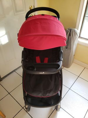 Red Baby stroller for Sale in Houston, TX