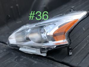Nissan Sentra headlight for Sale in Houston, TX