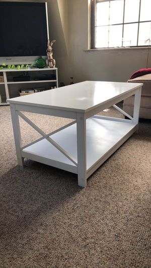 LIKE NEW Wayfair white wooden coffee & side table for Sale in Boston, MA