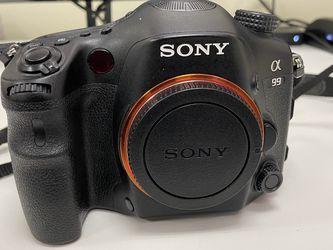 Sony SLT-A99V Digital SLR Camera + 3 Lenses + Bag for Sale in Mt. Juliet,  TN