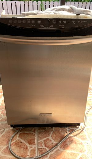 Dishwasher - Frigidaire. Stainless steel, works perfect. for Sale in Miami, FL