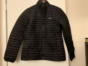 NWT Patagonia Women's Down Sweater Jacket for Sale in Germantown, MD