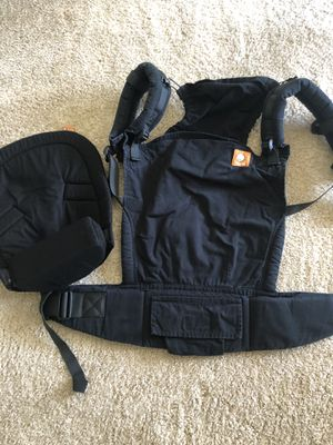 Tula Toddler with infant insert for Sale in Lutz, FL