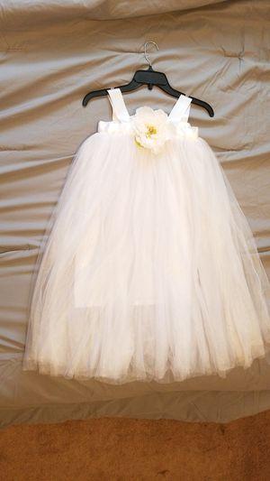 Flower girl dress size 5T - 6T for Sale in Inman, SC