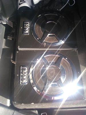 Boss 1400 watts amplified sub for Sale in Las Vegas, NV