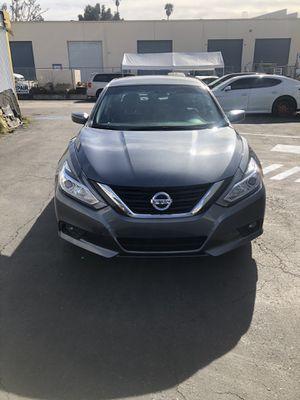 2017 Nissan Altima SV 2.5 L salvage title for Sale in El Cajon, CA