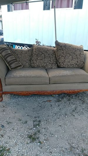 2 piece set (1 sofa & 1 chair) for Sale in Fort Meade, FL