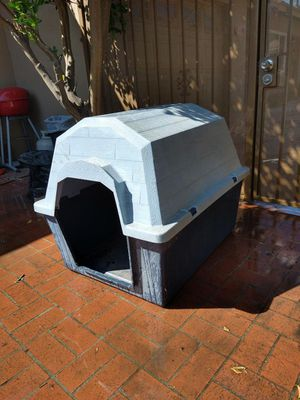 Dog house for Sale in Rowland Heights, CA