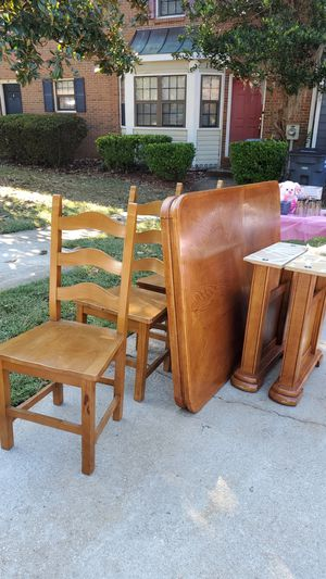 Dining table + 4 chairs for Sale in Marietta, GA