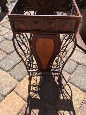 Magazine rack for Sale in Henderson, NV