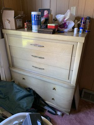 Bedroom set for Sale in Brentwood, PA