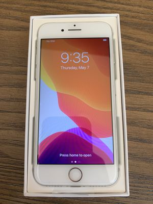 Silver iPhone 7, 128GB, Unlocked for Sale in Ferndale, WA