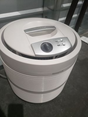 Air Purifier Humidifier for Sale in Lynnwood, WA