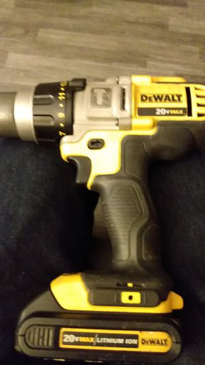 DeWalt hammer drill 20-volt for Sale in Las Vegas, NV