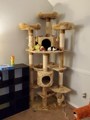Cat Tree for Sale in Auburn, WA