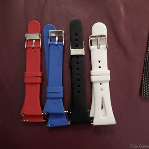 Fitbit Versa 2 watch bands. Silicone. New for Sale in Clovis, CA