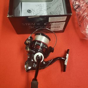 Shimano Stradic C14+ 3000FA for Sale in Fillmore, CA