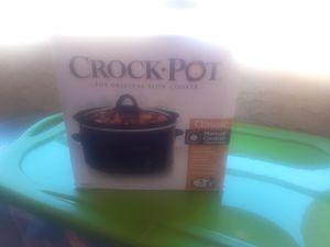 Crock pot 4 pt for Sale in Las Vegas, NV