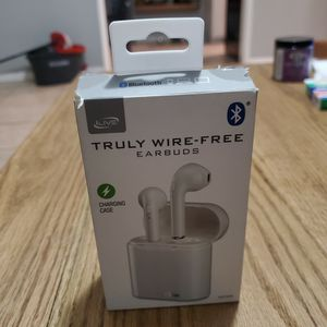 truly wire-free EARBUDS for Sale in Lynwood, CA