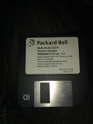 Packard bell restore disc ORIGINAL for Sale in Lansing, MI