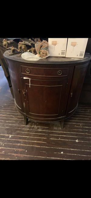 Antique China cabinet and buffet very GOOD CONDITION for Sale in Philadelphia, PA
