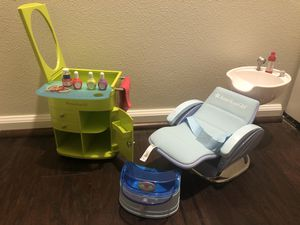 American Girl doll spa chair and styling center for Sale in Everett, WA