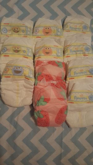 Nb Diapers for Sale in Chicago, IL