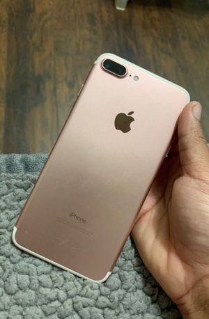 Factory Unlocked iphone 7 plus , sold with store warranty 128 gb for Sale in Somerville, MA