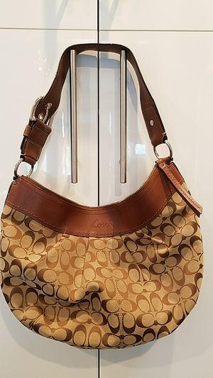 Coach bag for Sale in Hoboken, NJ