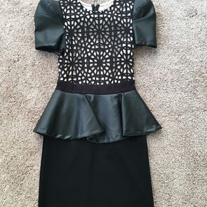 Black and white peplum dress. Size 8 for Sale in Las Vegas, NV