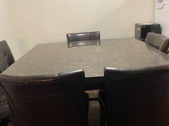 Kitchen Table for Sale in Nuevo,  CA