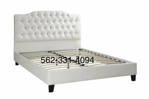 💢New Queen White Tufted faux leather bed frame💢 for Sale in Tracy, CA