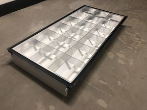 20 Fluorescent Light Fixtures for Sale in Tualatin, OR