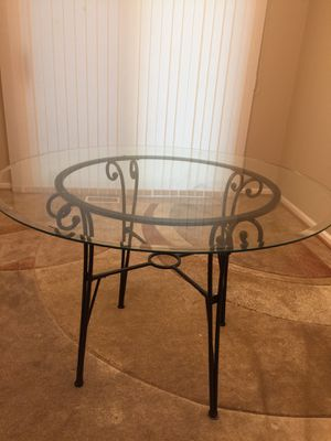 Kitchen Round Glass Table for Sale in Fairfax, VA