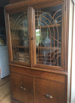 Antique china cabinet for Sale in Richardson, TX