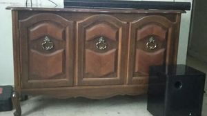 Kitchen China cabinet for Sale in San Antonio, TX