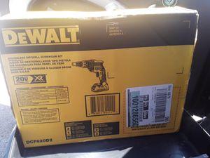 Brand new Dewalt drywall drill set for Sale in San Diego, CA