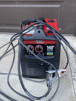 140 Amp Weld Pak 140 HD MIG Wire Feed Welder with Magnum 100L Gun for Sale in Huntington Beach,  CA