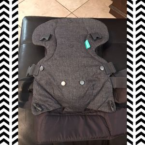 Infantino baby carrier for Sale in Bedford, TX