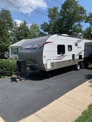 2015 Ameri-Lite Camper Trailer for Sale in MONTGOMRY VLG, MD