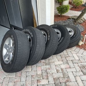 5 Jeep Wrangler Rms And Tires for Sale in Pembroke Pines, FL