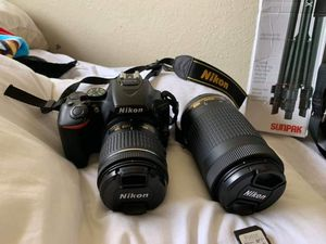 Nikon D5600 Camera 460$ for Sale in Modesto, CA