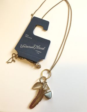Universal Thread Necklace for Sale in West Covina, CA