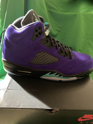 Jordan 5 Grapes Size 11 for Sale in Bothell, WA