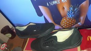 Vans Authentic (Black) size 8 men for Sale in Springdale, AR