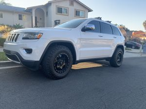 "Kmc 17"" wheels & tires Jeep grand Cherokee for Sale in Vista, CA"