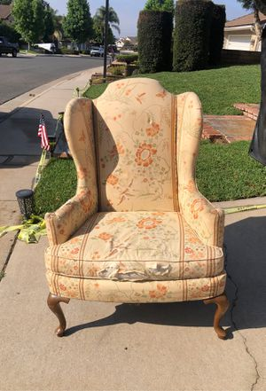 Sitting chair - needs refinishing for Sale in Brea, CA