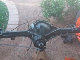 Full Floater 8 Lug Chevy Axle Comes W Leaf Springs for Sale in Chandler,  AZ